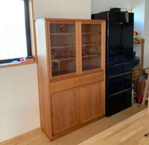special older:食器棚