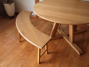 半円・円形テーブルにオススメの「半円ベンチ」